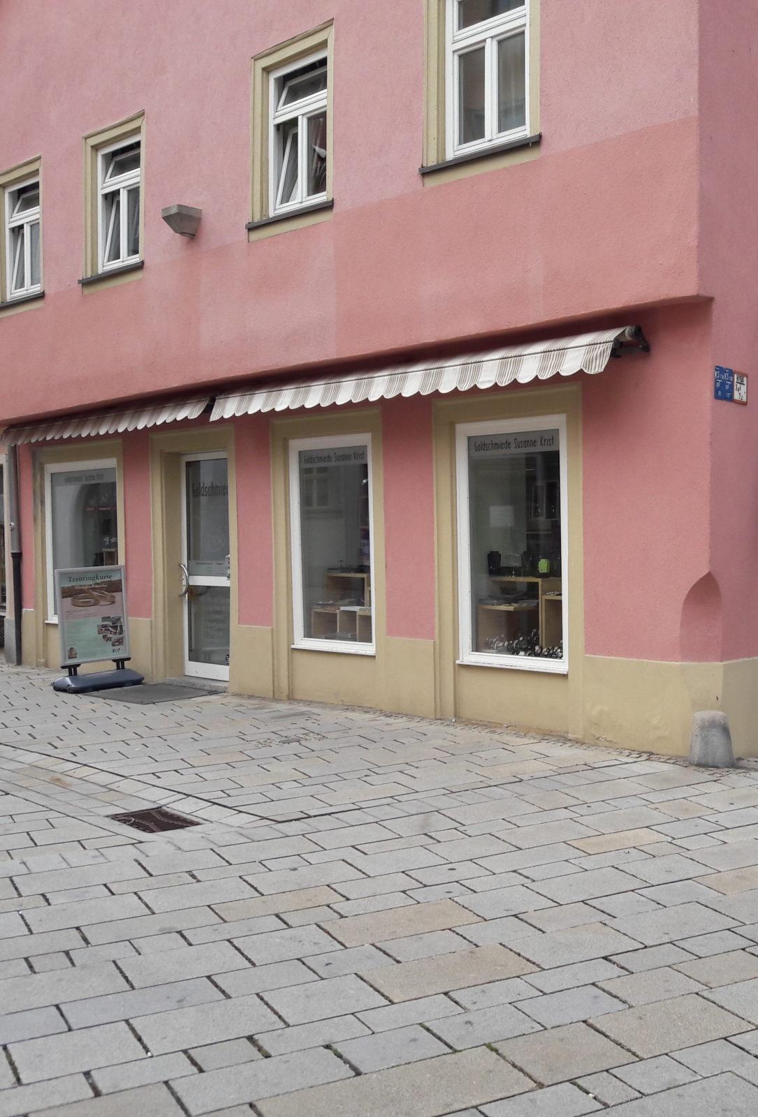 Die Goldschmiede Susanne Krist in der Altstadt von Ochsenfurt bei Würzburg.