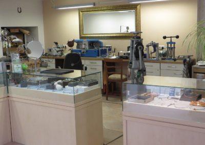 Werkstatt und Kundenbereich sind bei uns in einem Raum untergebracht.