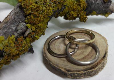 runde vorsteckringe schmal aus gold und weissgold