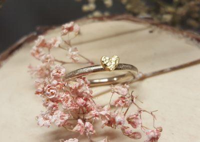 Verlobungsring, Vorsteckring mit Herzchen, zweifarbig aus Weissgold und Gelbgold