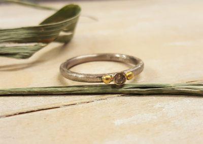Verlobungsring zweifarbig mit braunem Diamant